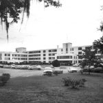 Black and white photo of Sunland in the 1950s.